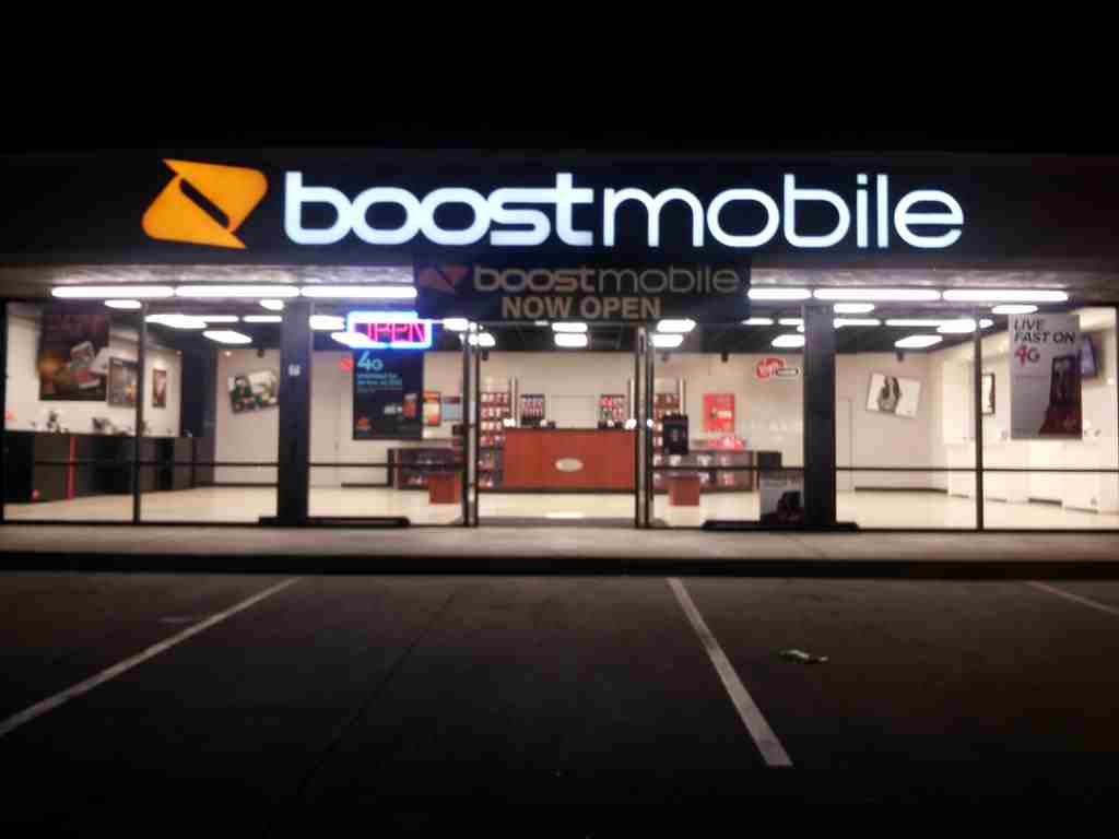 Boost mobile customer service, headquarters and phone numbers