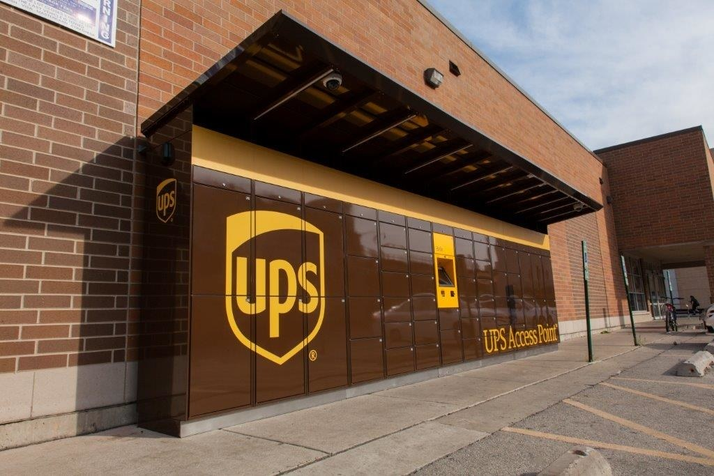 UPS customer service Images